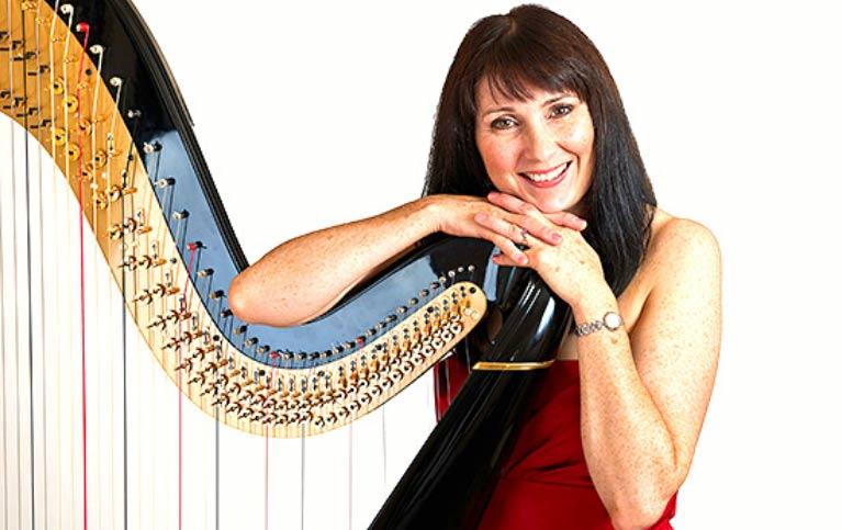 Oona Linnett Harpist   Cheshire Harpist   Harpist for Weddings Cheshire   Atrium Entertainment Agency