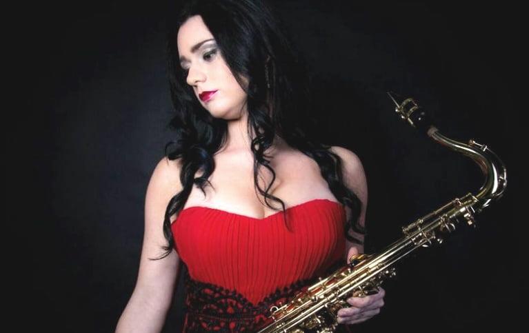 Jennifer Sings | Solo Vocalist Liverpool | Solo Singer based in Liverpool Merseyside