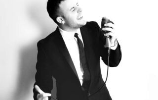 Swing Singers for Hire South East | Swing Singer for hire Brighton East Sussex