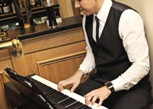 Pianist Liverpool James | Pianist Liverpool Merseyside | Wedding Pianist Liverpool