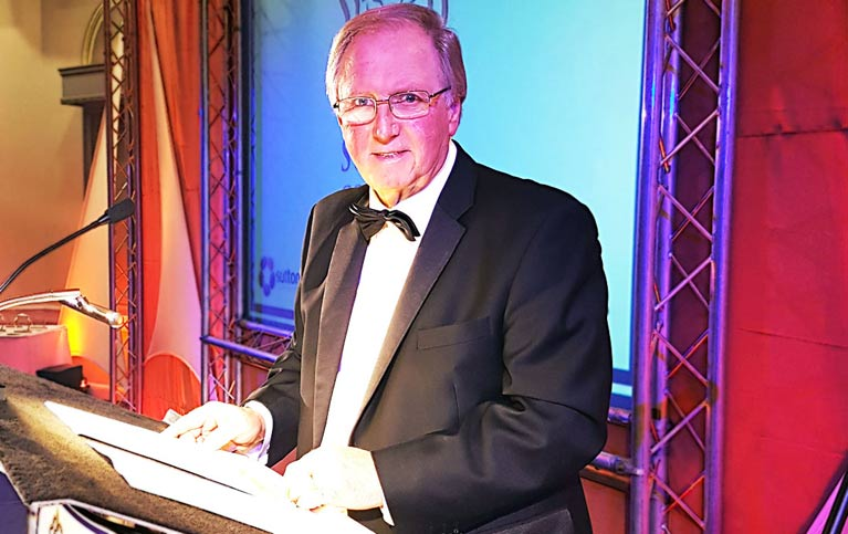 Barry York Comedian   Comedian Barry York Compere & Host for Golf Clubs & Corporate Events