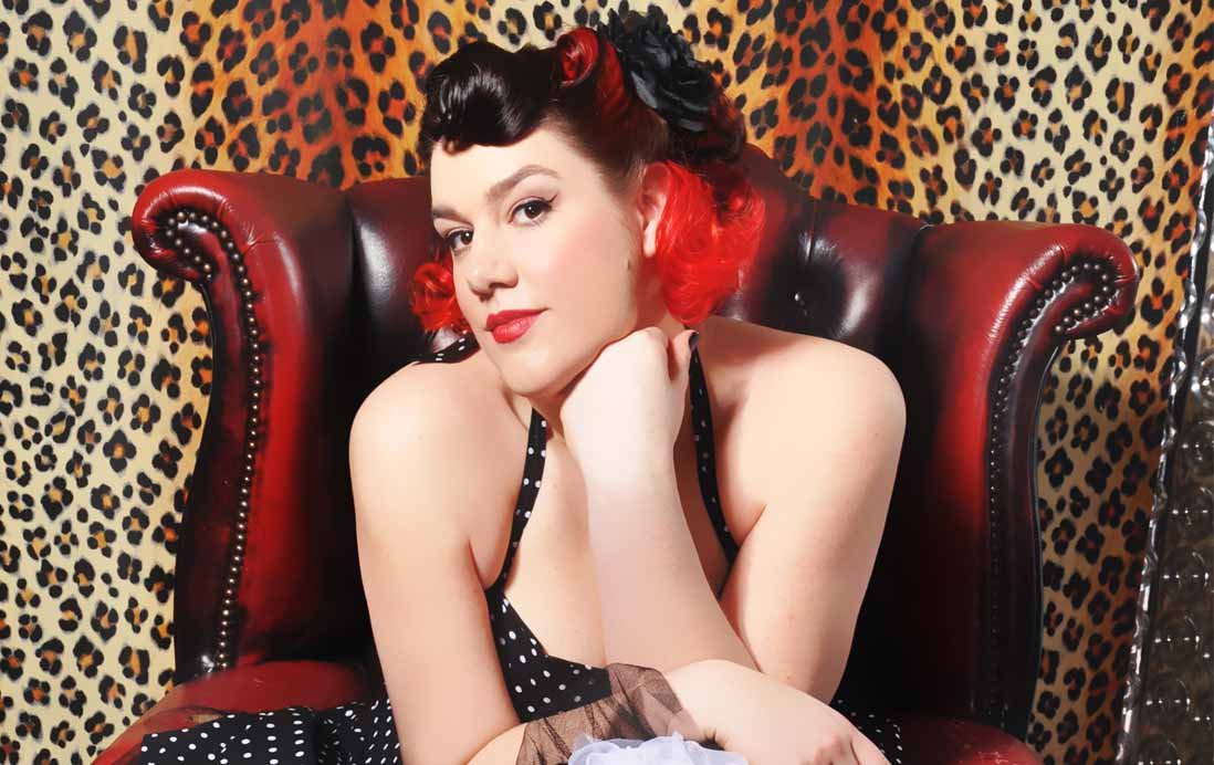Solo Singer Warrington | Solo Vocalist Warrington Lula Belle | Wedding Singer Warrington | Wedding Singer Cheshire