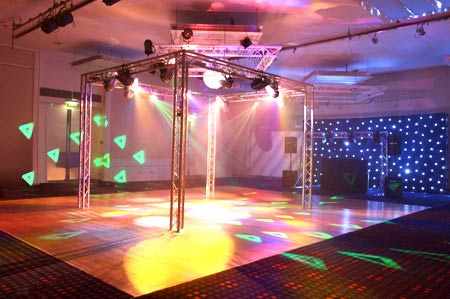 mobile disco nigel f mobile discos wedding disco dj. Black Bedroom Furniture Sets. Home Design Ideas