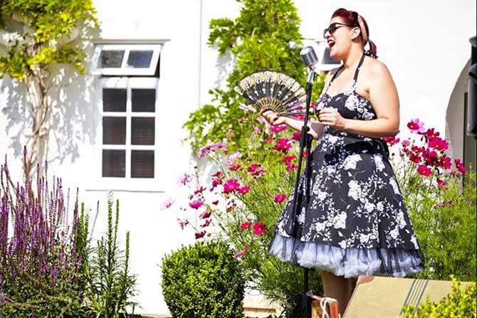 Wedding Singer Cheshire Lula Belle | Wedding Singer Cheshire for hire from Atrium Entertainment Cheshire UK